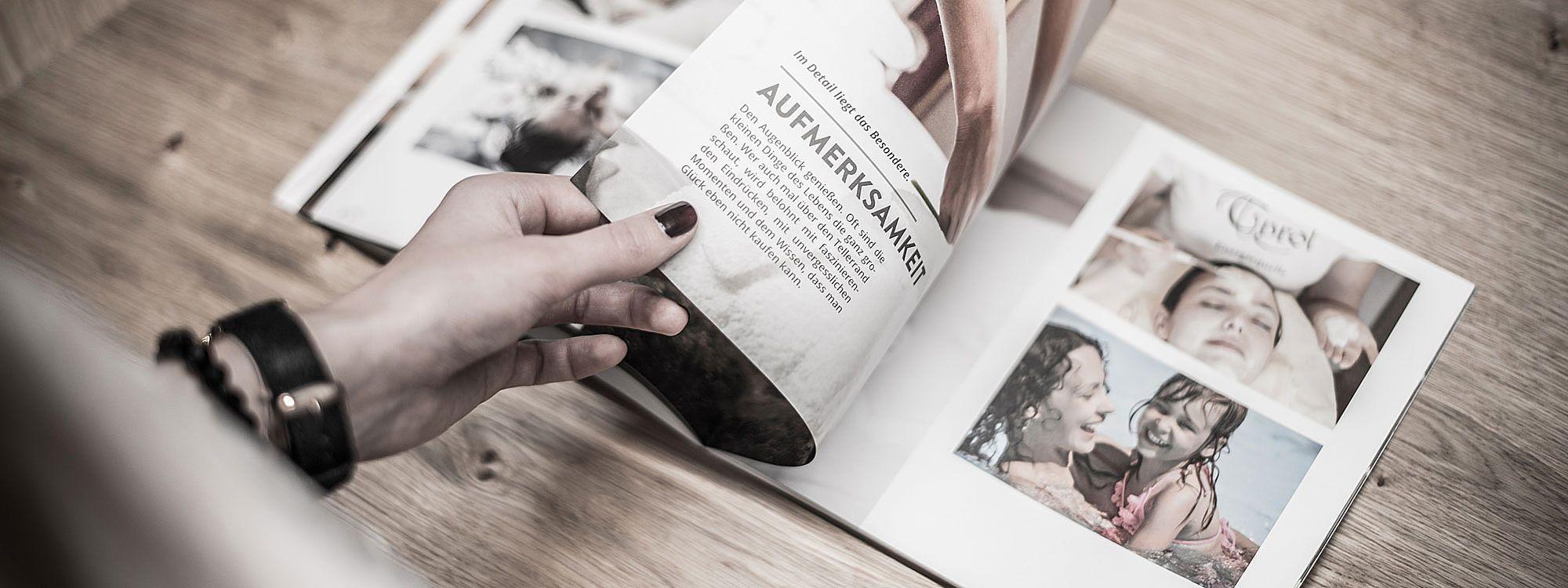 Geben Sie Ihre Drucksorten in die Hand des Profis: ProKontakt GmbH in Innsbruck und Hallein betreut Sie, wenn es um Ihre Werbung geht.